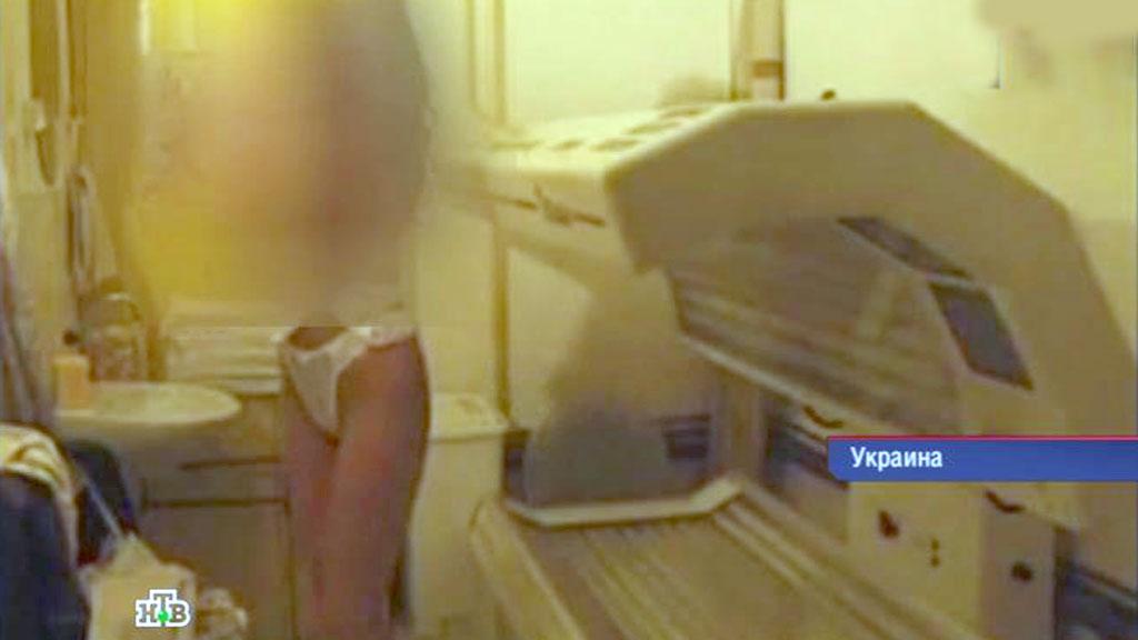 Скрытые камеры солярий, порно фото как парни ебут своих девушек