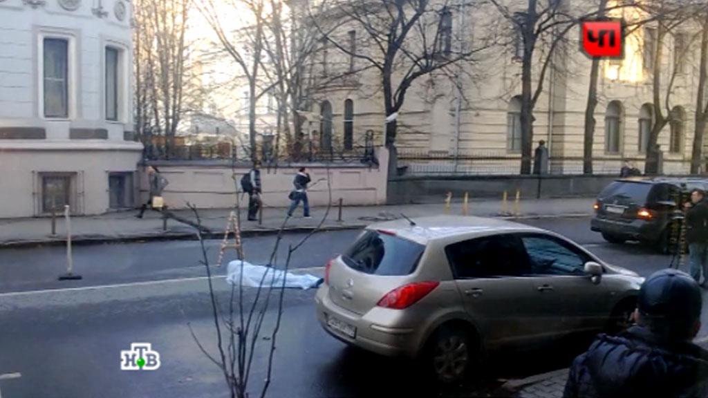 Известная порномодель сбила девушку в центре москвы, настоящие баба