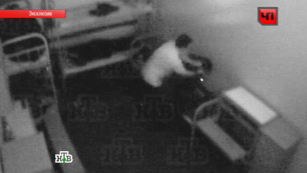 Малолетки раздеваются на веб камеру